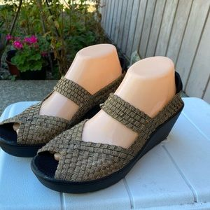 Steve Madden Brynn Platform Sandals Size 7.5